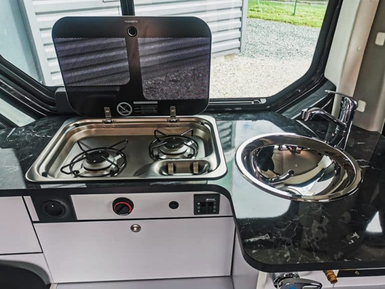 cuisine gaz eau en van
