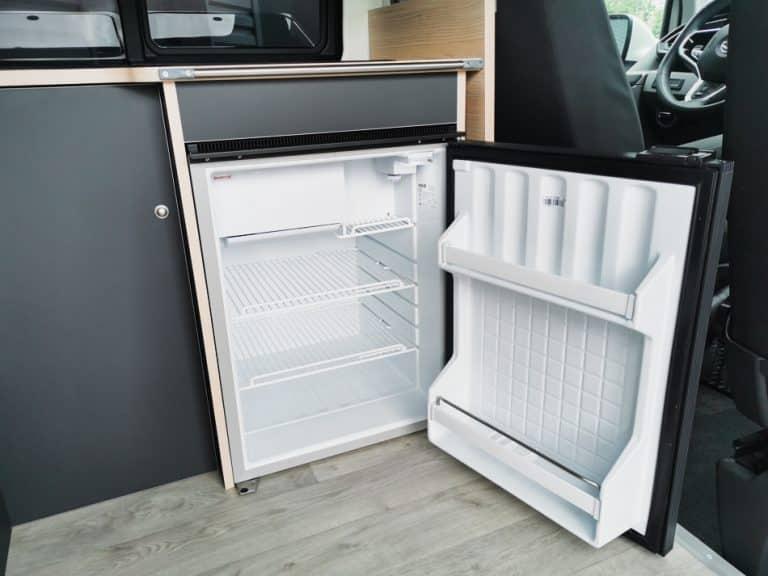 Réfrigérateur en fourgon aménagé